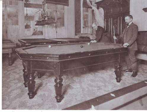 Octagonal Carom Billiard Table