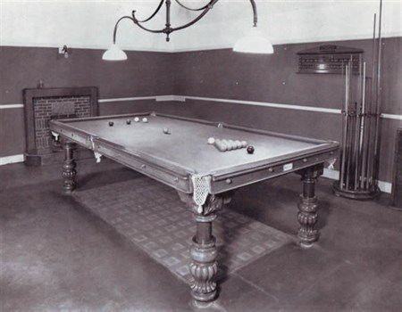 Geo Wright Billiard Table