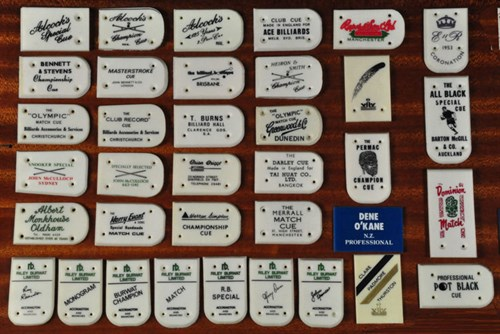 0445 Snooker firms cue plates